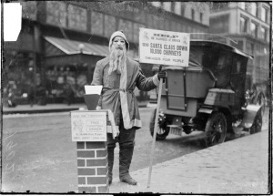 Poor people need Santa, too! (Source: DN-0001069, Chicago Daily News negatives collection, Chicago Historical Society via Wikipedia)
